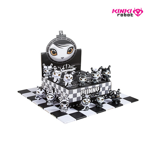 DUNNY CHESS SERIES BY OTTO BJORNIK (홀케이스)