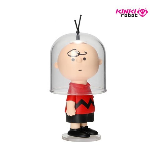 UDF PEANUTS S10_ASTRONAUT CHARLIE BROWN